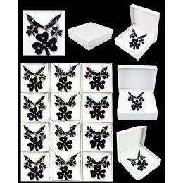 96 Units of European Pendant Black Clover - Necklace Sets