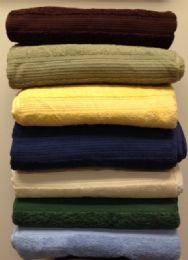 24 Units of Majestic Luxury Bath Towels 27 X 52 Hunter Green - Bath Towels