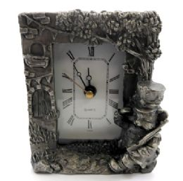 10 Wholesale Pewter Framed Clock With A Cat As A Soldier