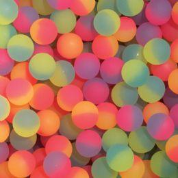 200 of 32mm Icy Hi-Bounce Balls